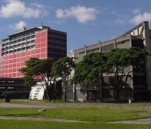 Denuncian inminente cierre técnico de la UCV